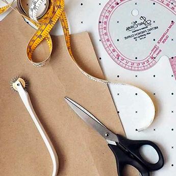Фото 1 - Лекало для шитья: что это и чем отличается от выкройки
