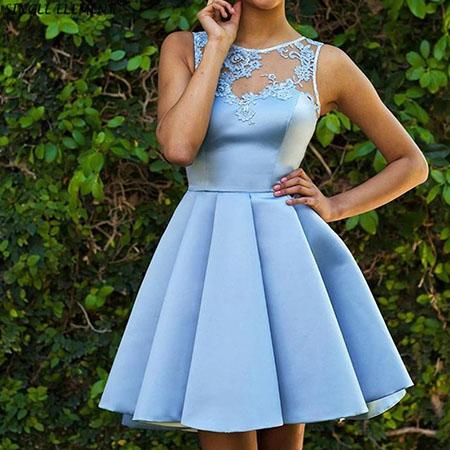 Фото 1 - Какое платье выбрать на выпускной