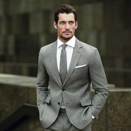 Фото 1 - Модные мужские костюмы 2021 года
