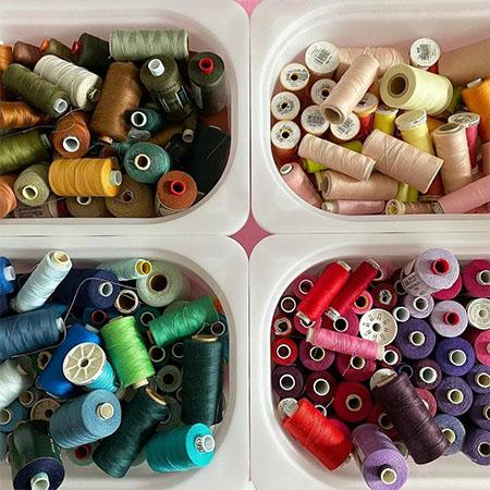 Фото 1 - Как правильно выбирать нитки для шитья